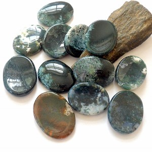 Moss Agate Worrystone