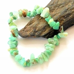 Green Opal Chip Stretch Bracelet